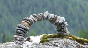 Der Steinbogen als Symbol